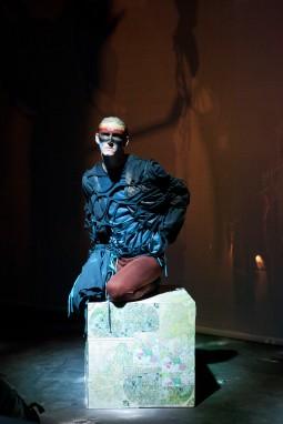 bird costume; bird make-up; devised theatre; rare bird;